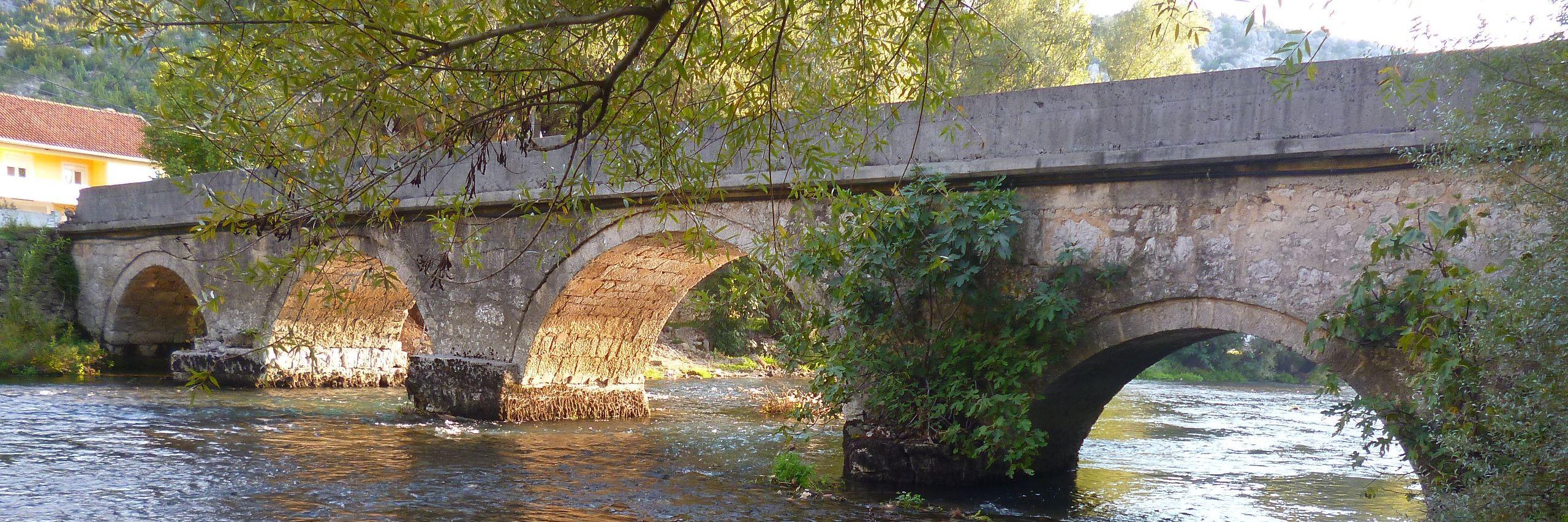 Караджозбегов мост