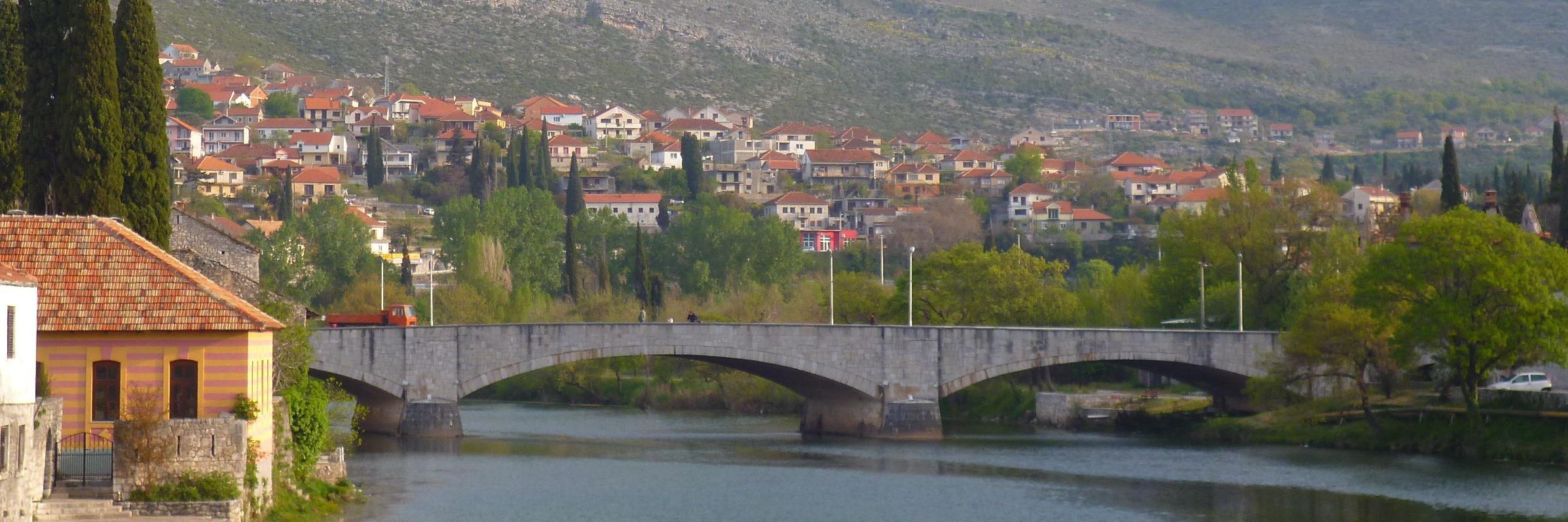 Каменный мост в Требине
