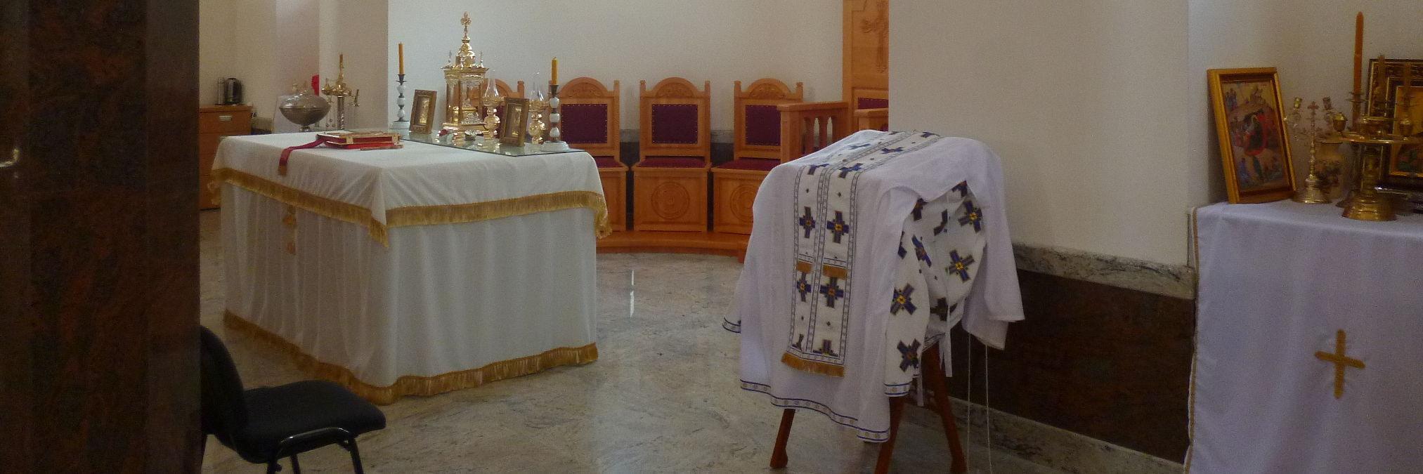 Как вести себя в церквях, монастырях и мечетях